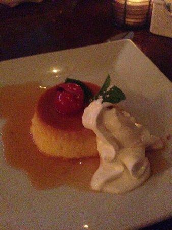 Guantanamera : Flan dessert was outstanding.