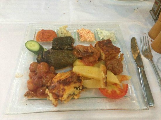 Romios : Selection of Greek dishes/foods