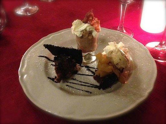 L'Auberge du Castellas : Dessert très fin, pas trop sucré, top !