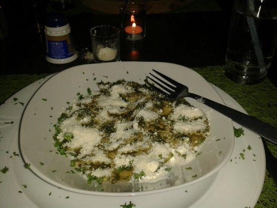 Ma Ma Gui : Pesto Pasta