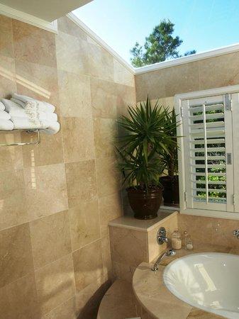Bellavista Country Place: Honeymoon Suite bathroom