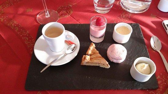 Auberge du Schoenenbourg: Café gourmand