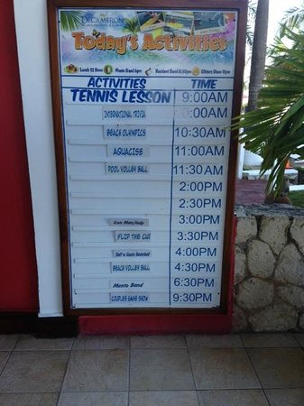 Royal Decameron Montego Beach: entertainment schedule