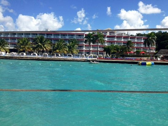 Royal Decameron Montego Beach : view of hotel from water