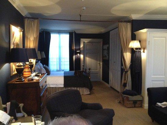 Hotel Seven one Seven: Von Goethe room
