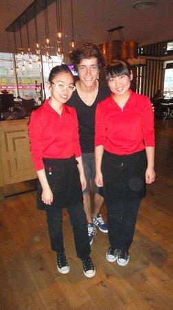 Pentahotel Shanghai : Le personnel