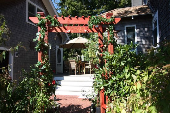 Kathleen's Kottage on Martha's Vineyard: Kottage Arbor