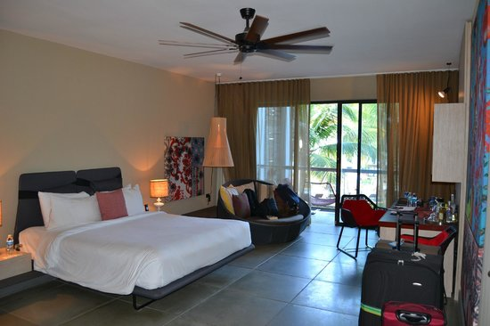 W Retreat & Spa - Vieques Island: Very spacious and clean room