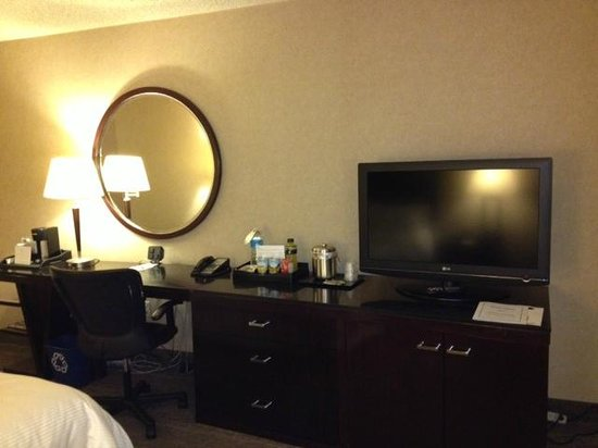 The Westin Los Angeles Airport : Nice Flat Screen TV