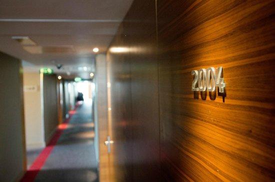 Hilton Manchester Deansgate: Corridor