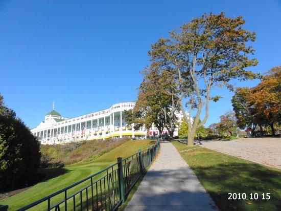 Grand Hotel: ホテル前景