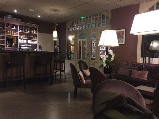 La Maison des Armateurs: Le bar