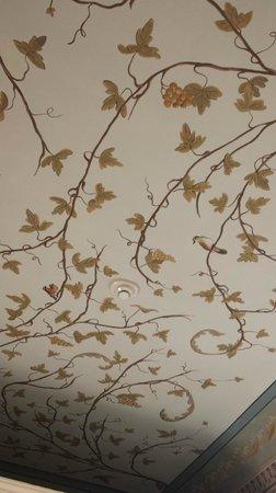 I Portici Hotel : affreschi