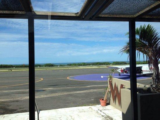 W Retreat & Spa - Vieques Island: W airport lounge