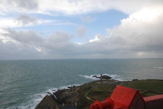 Pointe Saint Mathieu : Un peu de ciel bleu