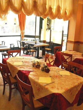 Albergo Ristorante Pozzi : Sala da pranzo