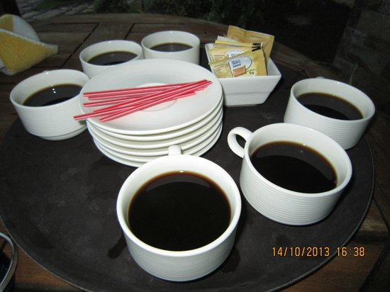 Acuatico Beach Resort & Hotel: unlimited complimentary tea and coffee