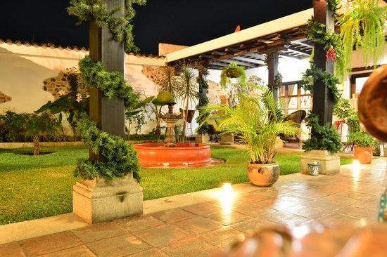 La Casa de Don Pedro: Vista desde la habitacion...