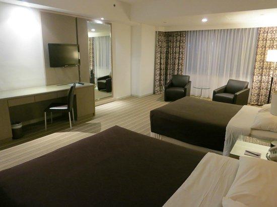 RELC International Hotel : Room