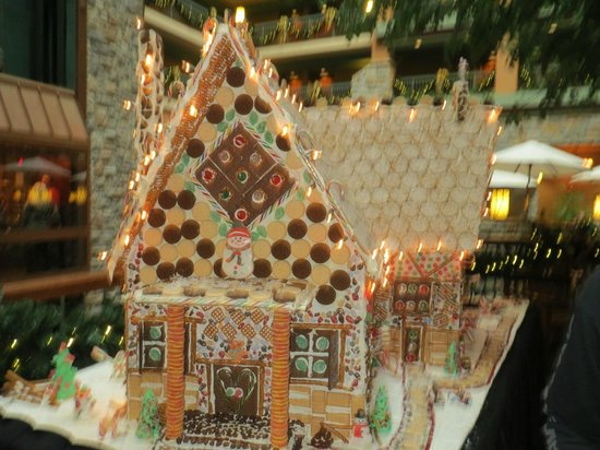 Chateau on the Lake Resort & Spa: GingerBreadhouse
