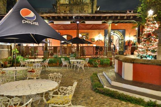Hotel Convento Santa Catalina: el área del Restaurante