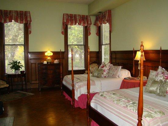 Forsyth Park Inn: Room 3