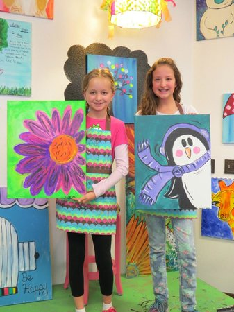 Paint the Town : We LOVE to paint!!