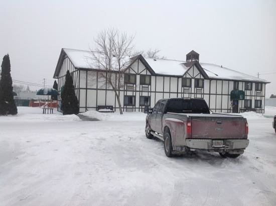 McIntosh Country Inn & Conference Centre: December