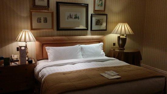 The Landmark London: bedroom