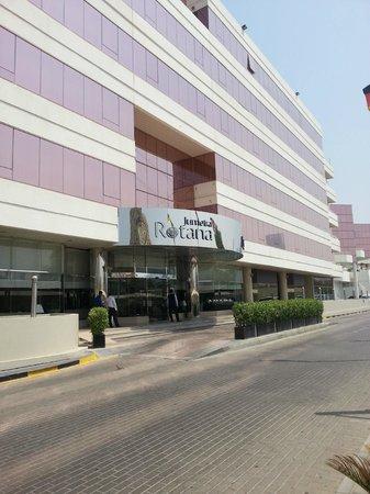 فندق روتانا الجميرة: outside