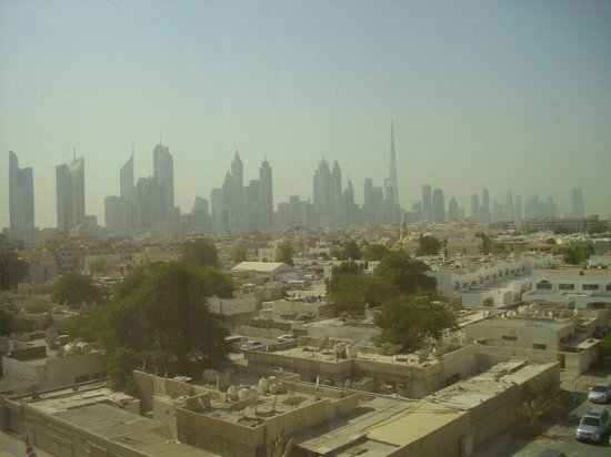 Jumeira Rotana: Dubai Skyline - view from room 420