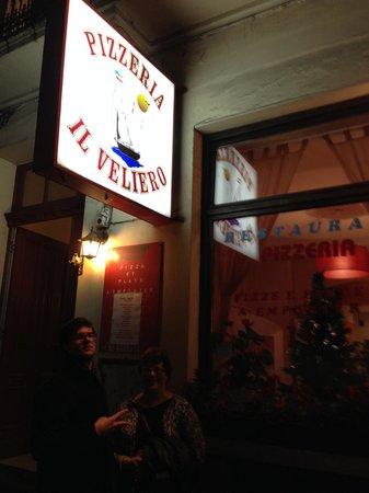Il Veliero: front of the restaurant