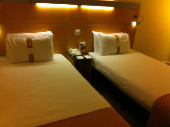 Holiday Inn Express London-Newbury Park: Limpio y ordenado