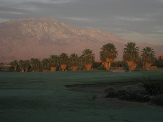 Embarc Palm Desert : What a view at sunrise