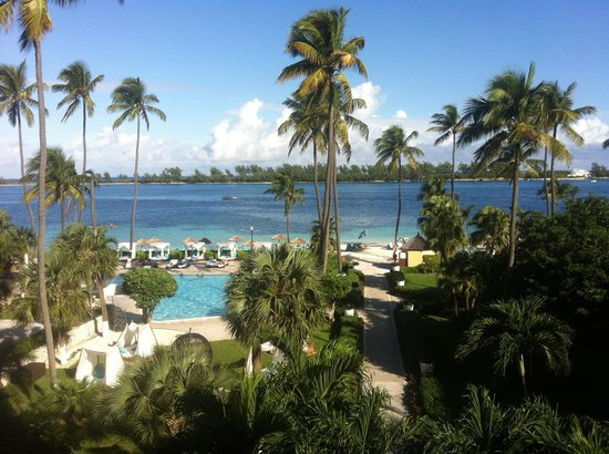 British Colonial Hilton Nassau: View from the balcony looking out to paradise island