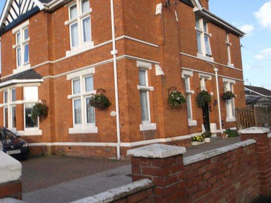Sherwood Guesthouse : shurwood house