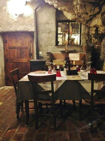 Trattoria dal Taio: Grotta