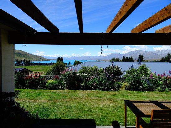 Tekapo Heights: View from the patio