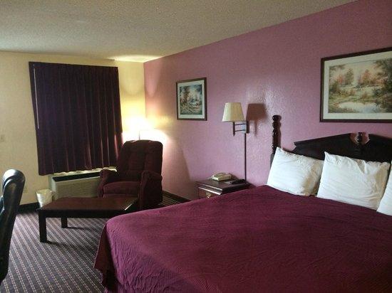 America's Best Inn : room