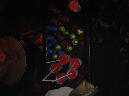 Congo Bar Cancun: All of our shots the waiter brought us