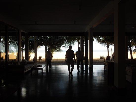 Jetwing Blue: entrée de l'hôtel