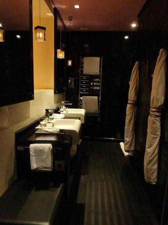 Sofitel Casablanca Tour Blanche: Twin Room (Bathroom)