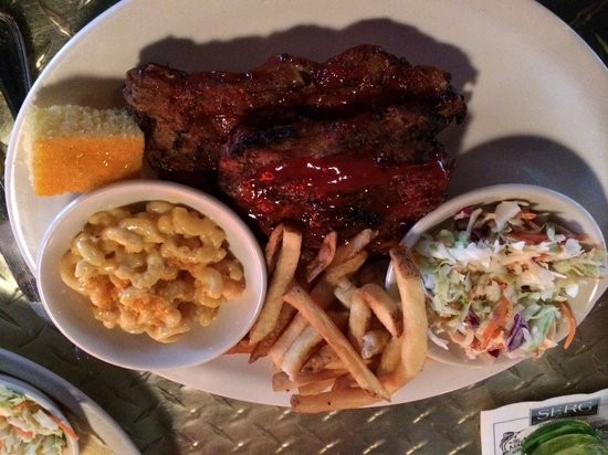 One Hot Mama's American Grille : Rib tips