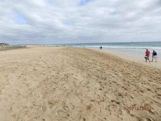 Cross Island: le plage de MORRE JABLE si longue qu'on n'en voit pas le bout