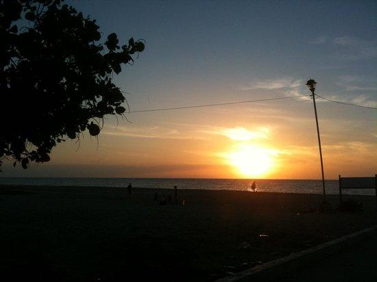 Mangroves of Dzinitun: Atardecer en Celestún, Yucatán, el 30 de diciembre de 2013!!!
