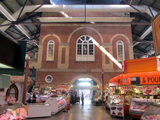 St. Lawrence Market: Market hall in former city hall