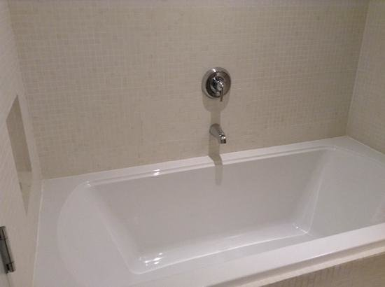 deep soaker tub picture of hotel st paul montreal tripadvisor