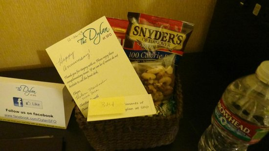 The Dylan Hotel at SFO: Little basket-gift because it was our anniversary