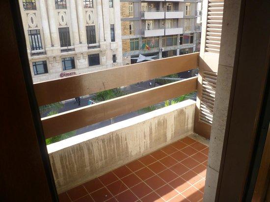 Hotel Adonis Plaza: window box not a balcony!