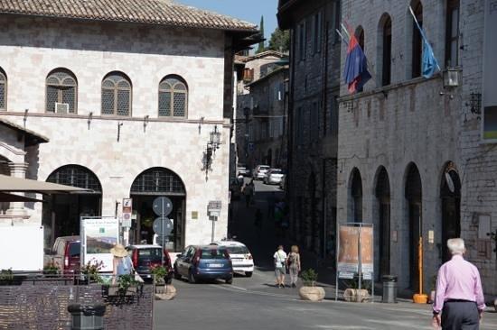 Biddestone Arms : Assisi